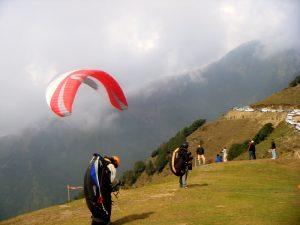 Paragliding in Himachal Pradesh Bir Billing ,Kangra India